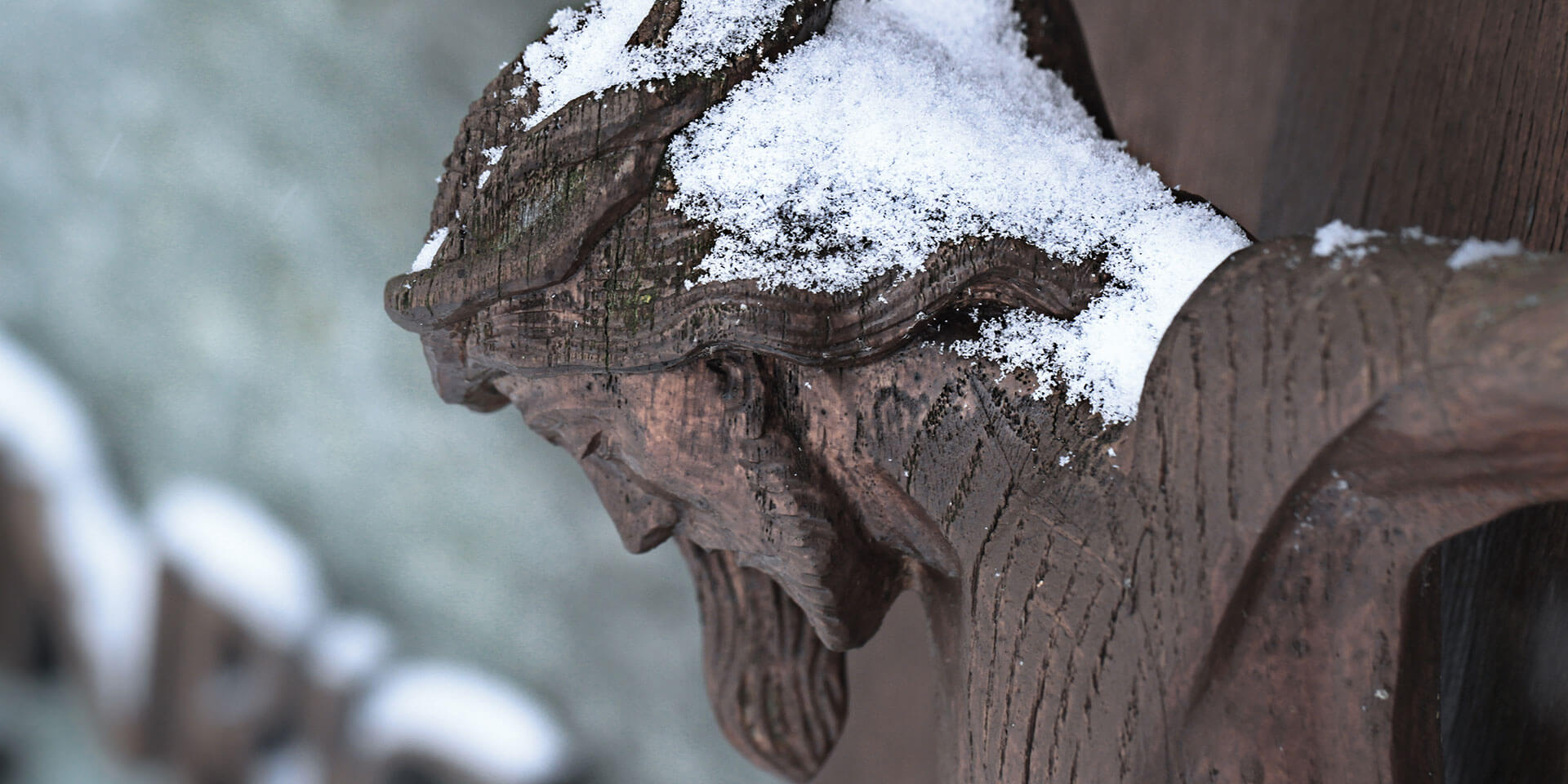 Jesus am Holzkreuz